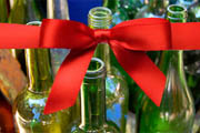2013 Holiday Gift Guide: 6 Gifts for the Wine Lover on Your List